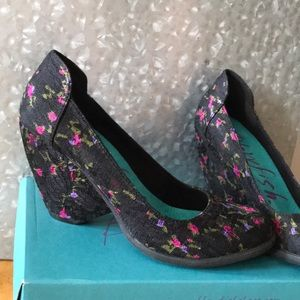 Blowfish Mesilla wedge heels